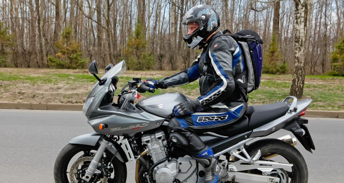 Fous du guidon : à 160 km/h en ville au guidon de sa moto