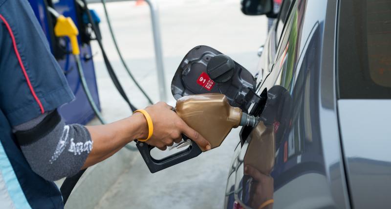 Chute du prix de l'essence et du Diesel : le litre de gazole presque à 1€ !
