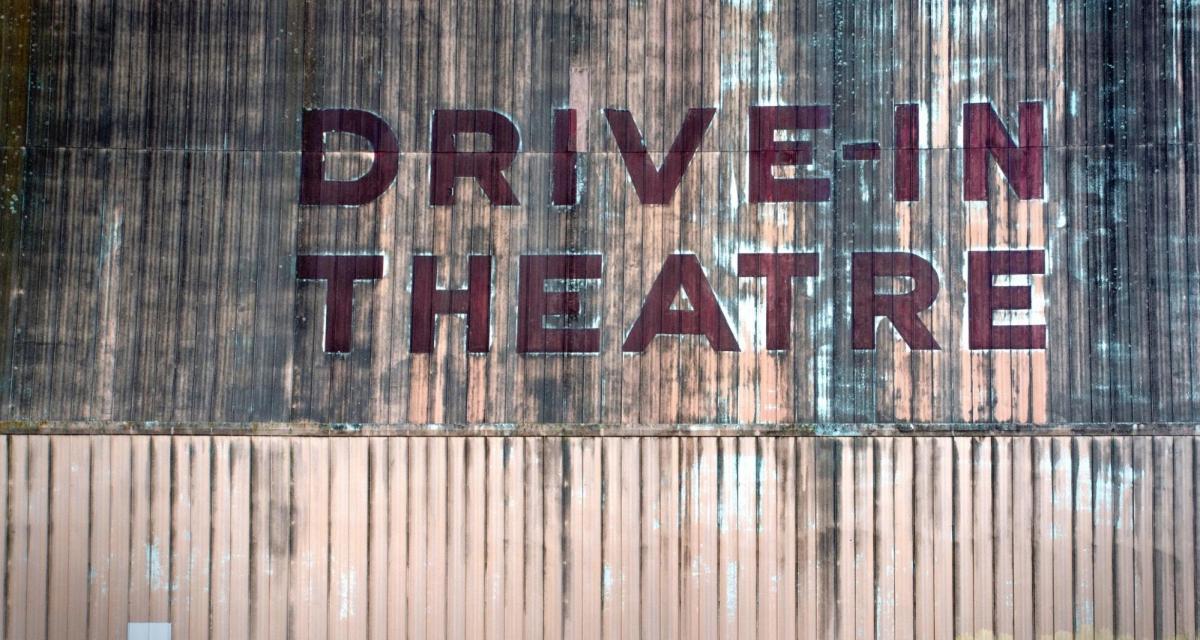 Confinement : ouverture d'un cinéma drive-in !