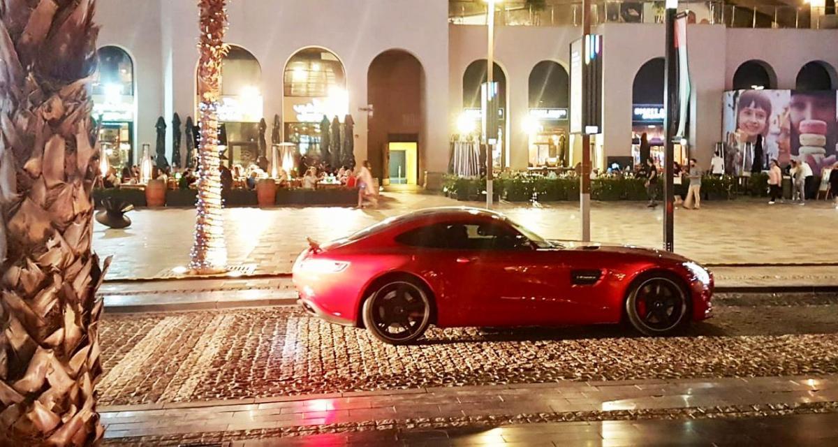 Dubaï : les radars flashent tous les véhicules pour faire respecter le confinement
