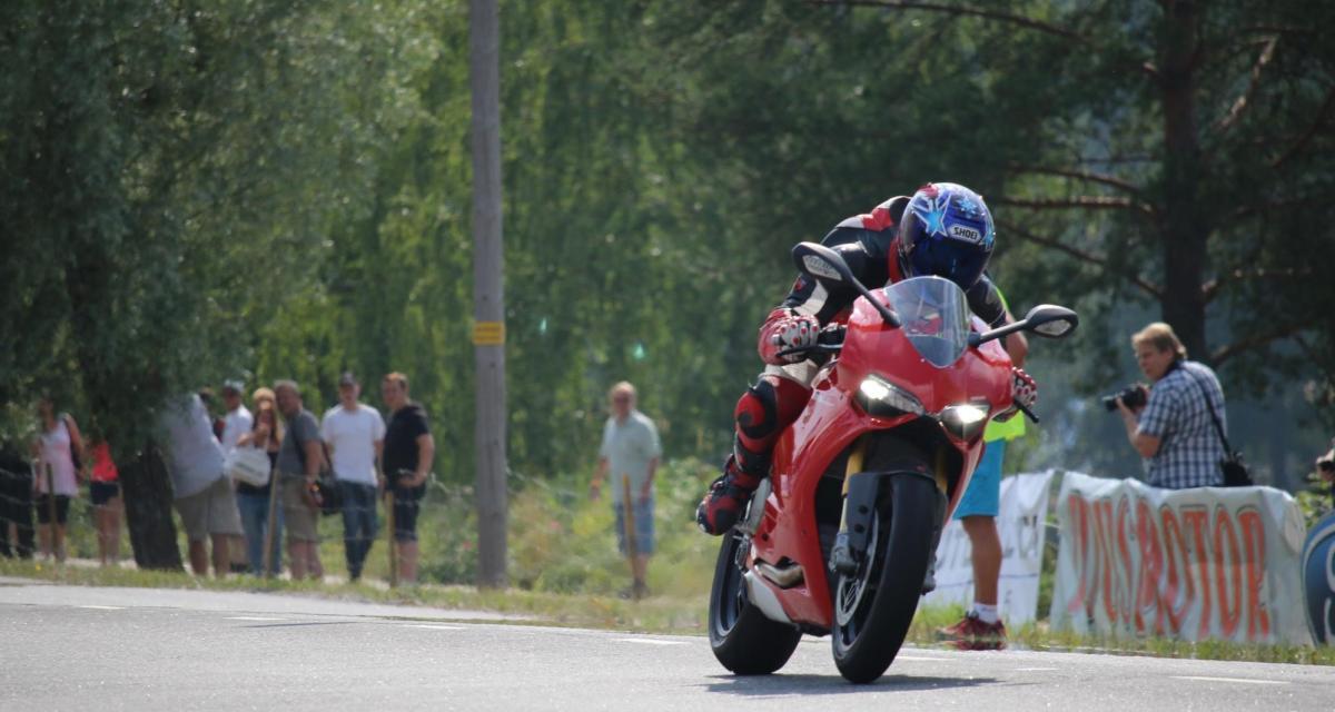 Un motard flashé en Ducati à 155 km/h sur une départementale