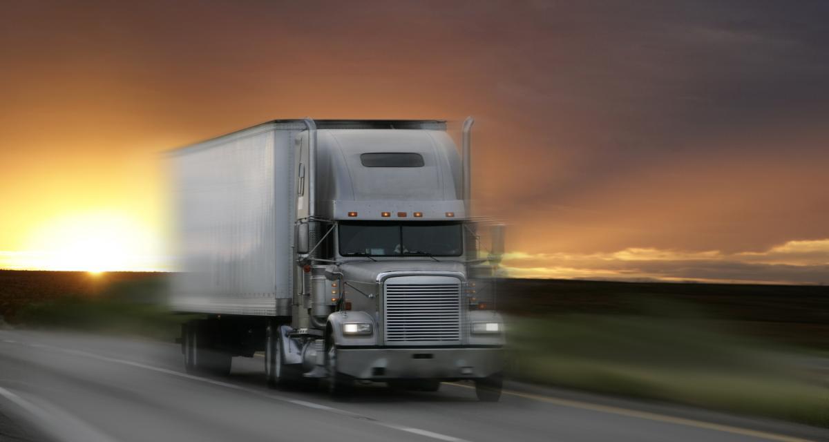 Fous du volant : un poids lourd flashé à plus de 140 km/h sur l'autoroute