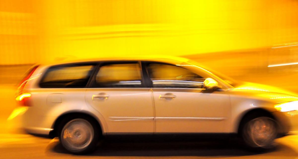 Fous du volant : à 18 ans et flashée à 163 km/h sans permis ni assurance