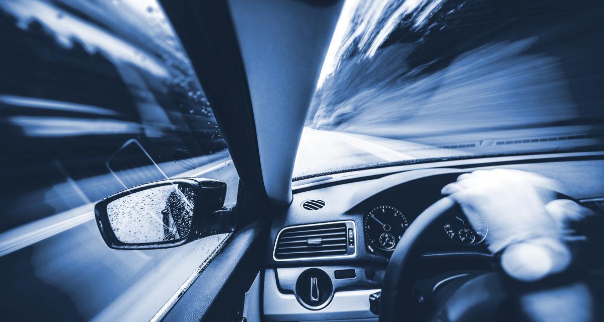 À 153 km/h au lieu de 80 sur une départementale, les gendarmes tirent la sonnette d'alarme