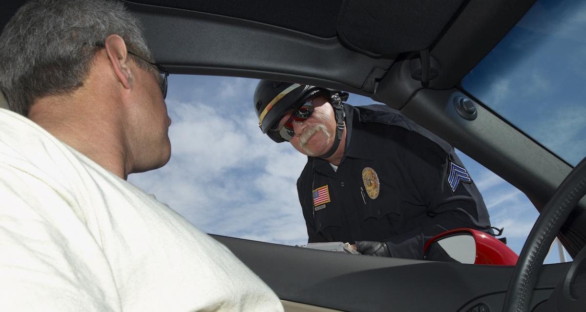 Fous du volant : contrôlé sans attestation, un militaire insulte les policiers