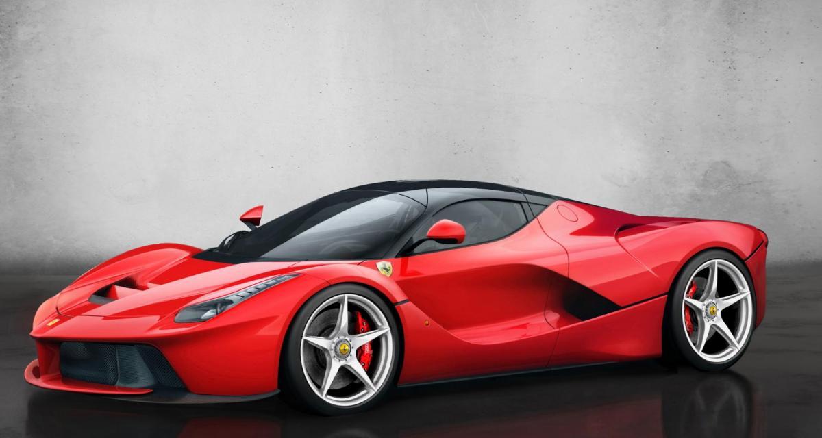 Fous du volant : il pousse sa LaFerrari a plus de 370 km/h