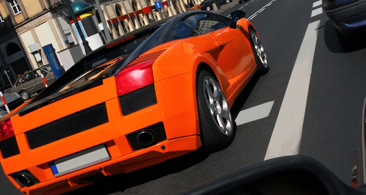 Fous du volant : intercepté à 70 km/h au-dessus de la limite au volant de sa Lamborghini Huracan
