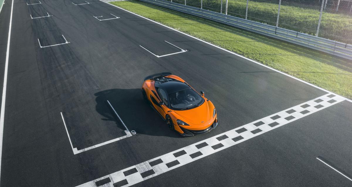 Fous du volant : il se retrouve coincé sous la pluie avec sa McLaren 600LT Spider