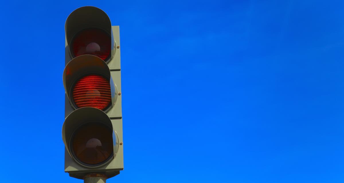 Radars de feu rouge : le flash au feu orange