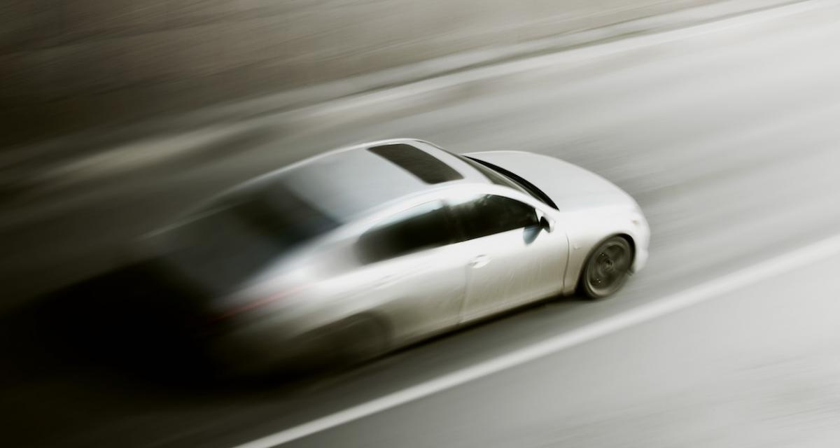 Fous du volant : contrôlé à 211 km/h, il est aussi positif au cannabis