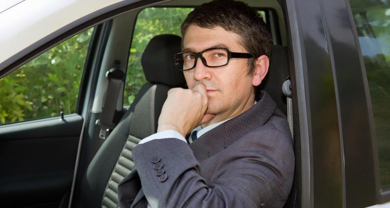 Déconfinement du 11 mai : peut-on rouler à deux en voiture ?
