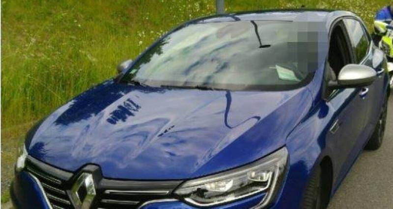Au volant de sa Renault Mégane, un automobiliste roule à 170 km/h sur une départementale.
