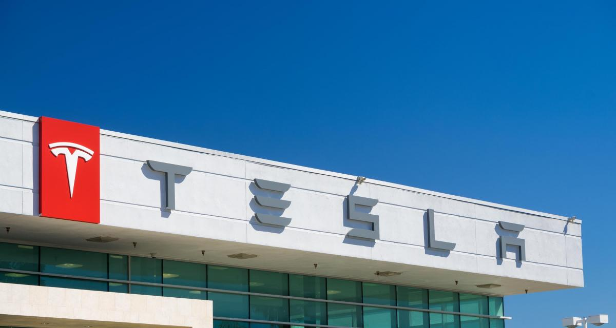 Confinement - Tesla : Elon Musk rouvre une usine en Californie avec le soutien de Donald Trump