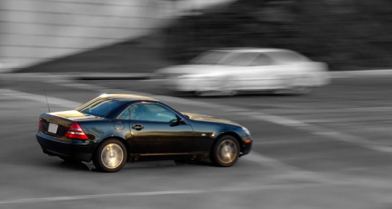 Fous du volant : flashé à 309 km/h au volant de la Mercedes C63 AMG de ses parents