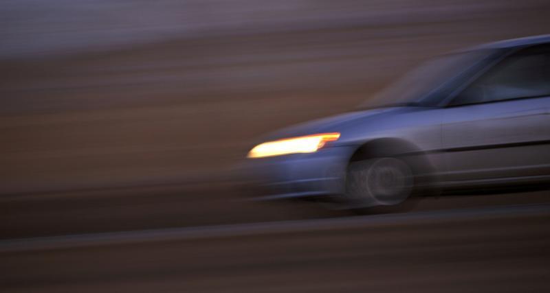 Un chauffeur roule à 164 km/h sur une départementale sans permis de conduire !