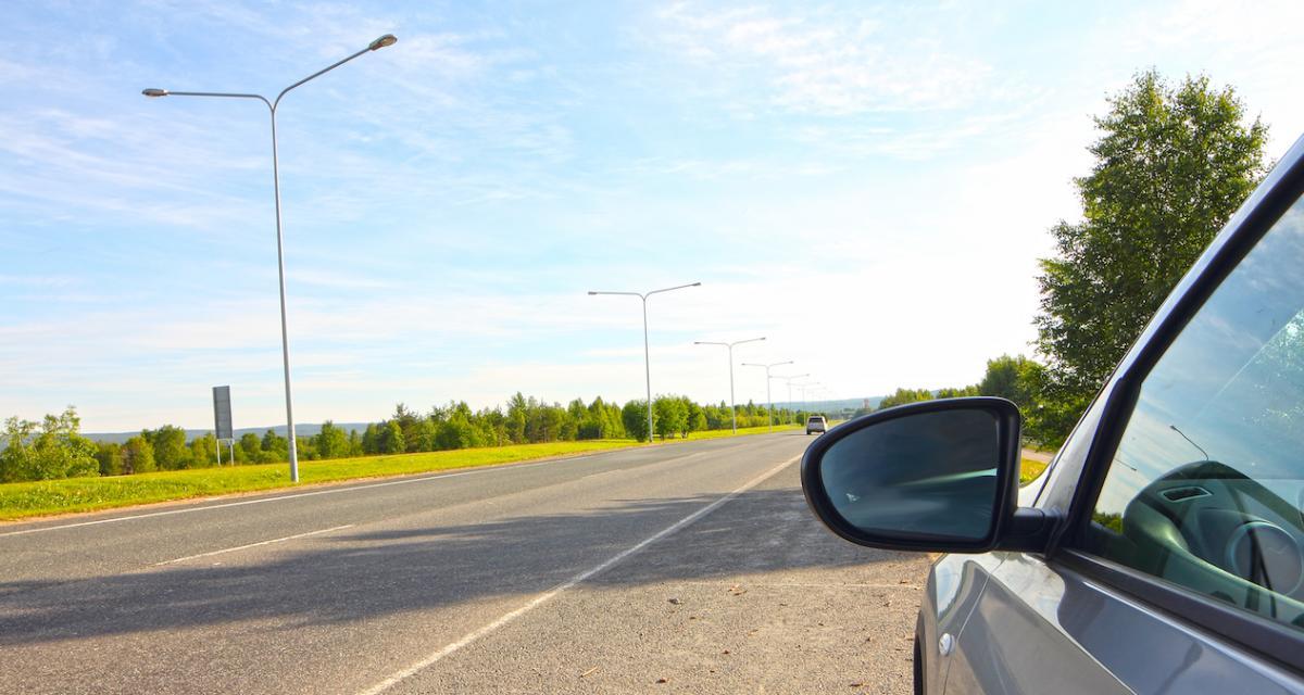 Rouler avec un faux permis de conduire : quelles sanctions ?