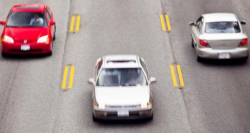 Sans permis de conduire, au volant d'une Audi A6 à 144 km/h au lieu de 80
