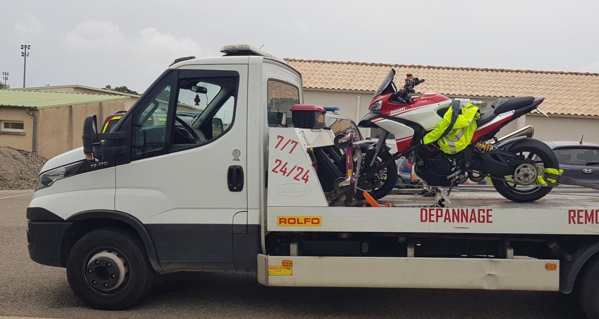 Un motard flashé au guidon de sa BMW à 130 km/h en ville, coup de gueule de la police !