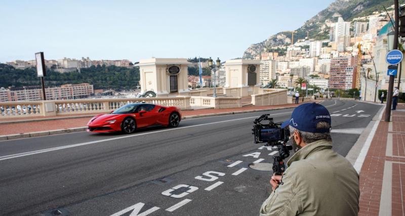 Quand Charles Leclerc conduit à balle dans les rues de Monaco — Ferrari