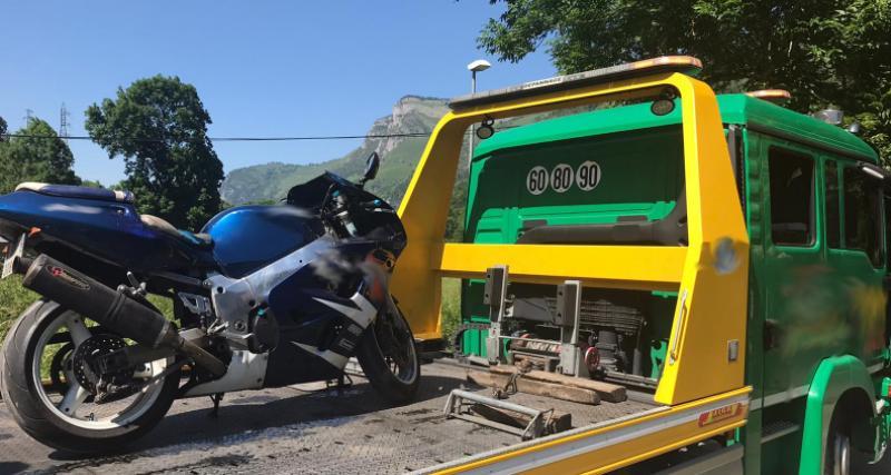 Un motard flashé à 169 km/h sur l'autoroute, sa moto termine en fourrière