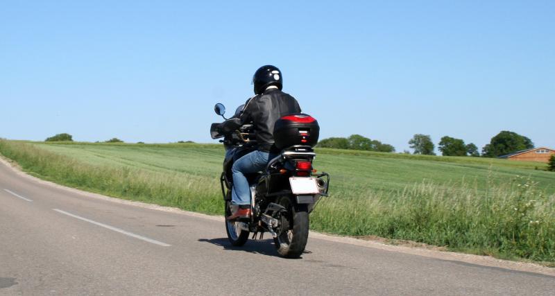 Un motard flashé à 200 km/en Suisse sur une route limitée à 80