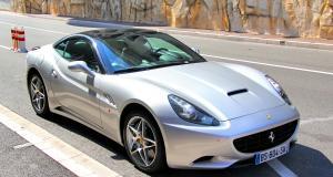 À 193 km/h au volant d'une Ferrari : adieu permis de conduire