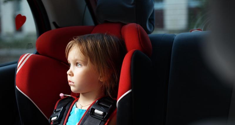 La conductrice s'évanouit après avoir vu la dent arrachée de son fils