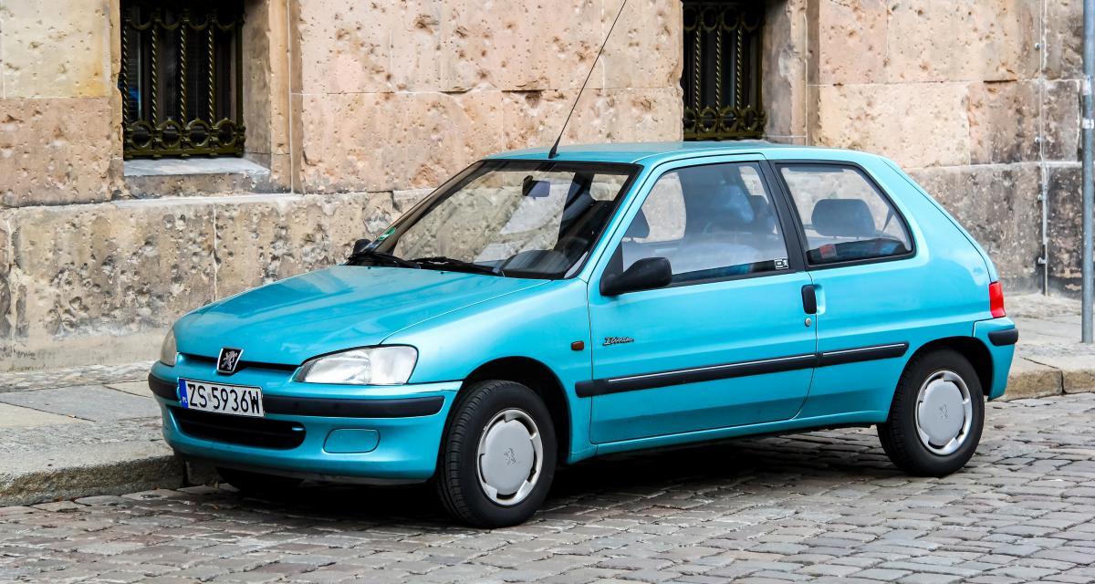 Un adolescent à contresens accidente une Peugeot 106