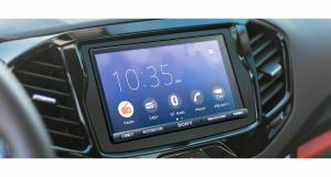 Sony dévoile un nouvel autoradio multimédia CarPlay et Android Auto