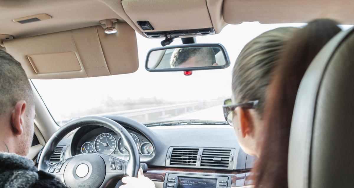 Fous du volant : la mère perd son permis... à cause de son fils en conduite accompagnée