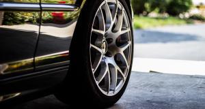 Entretenir ses pneus : 3 conseils pour éviter l'éclatement