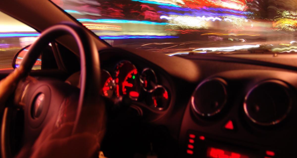 Un conducteur fou à 102 km/h en plein centre-ville !