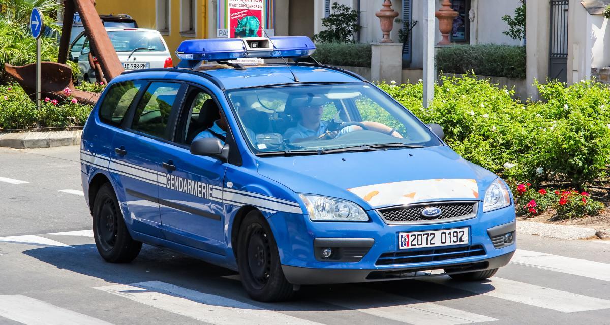 Course-poursuite : ivre, l'automobiliste refuse de s'arrêter et percute la voiture des gendarmes