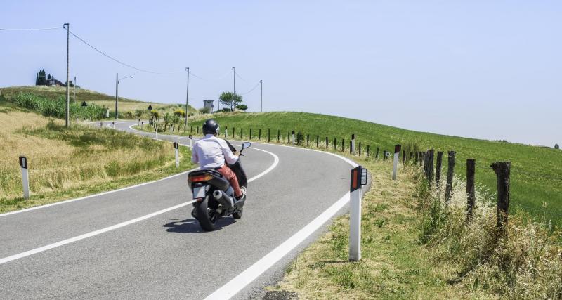 À 155 km/h au lieu de 110 en scooter, le chauffard n'a pas le bon permis