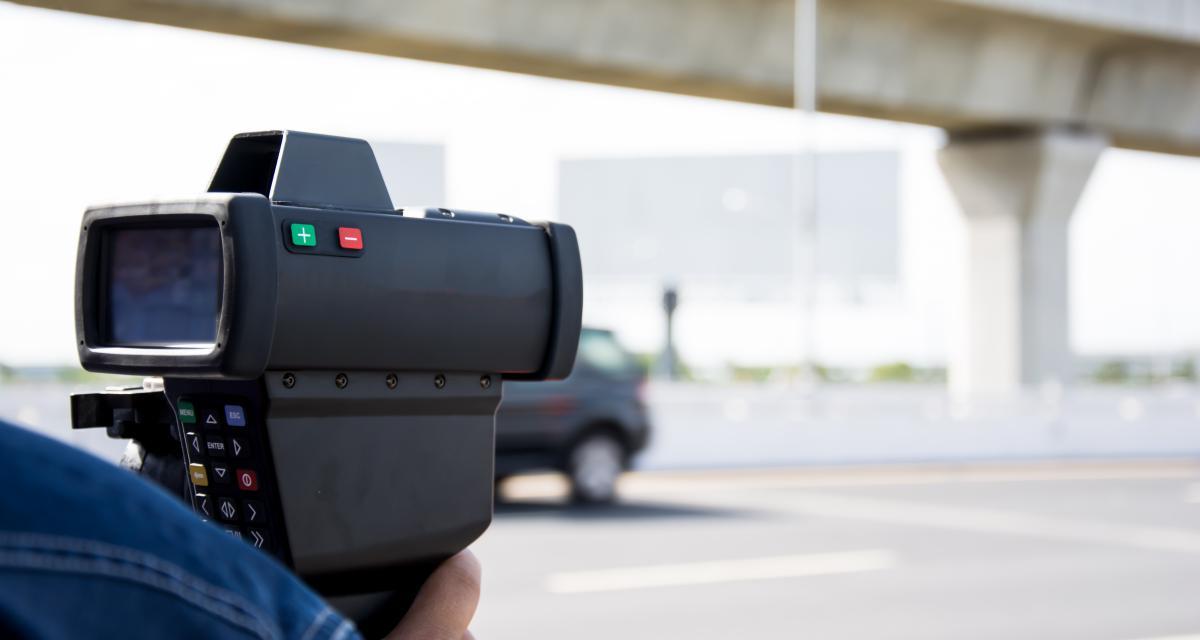 Voitures radars privées en Bretagne : attention aux routes limitées à 80 km/h