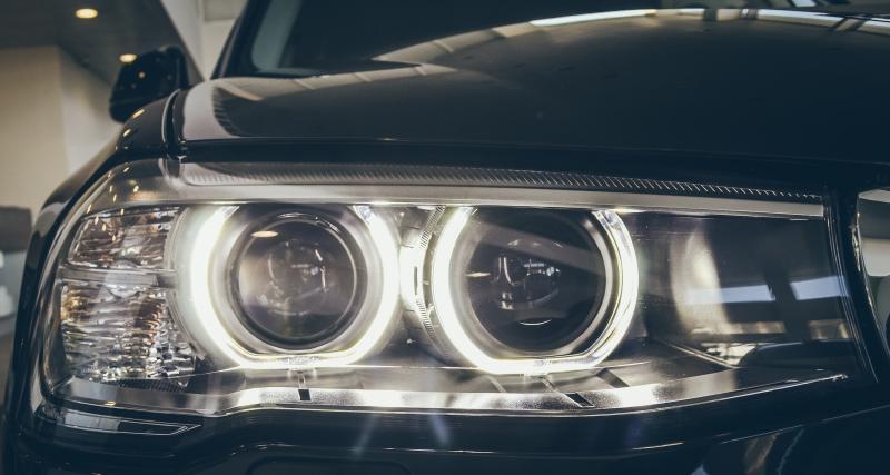 Éclairage auto : 3 conseils pour changer vos ampoules