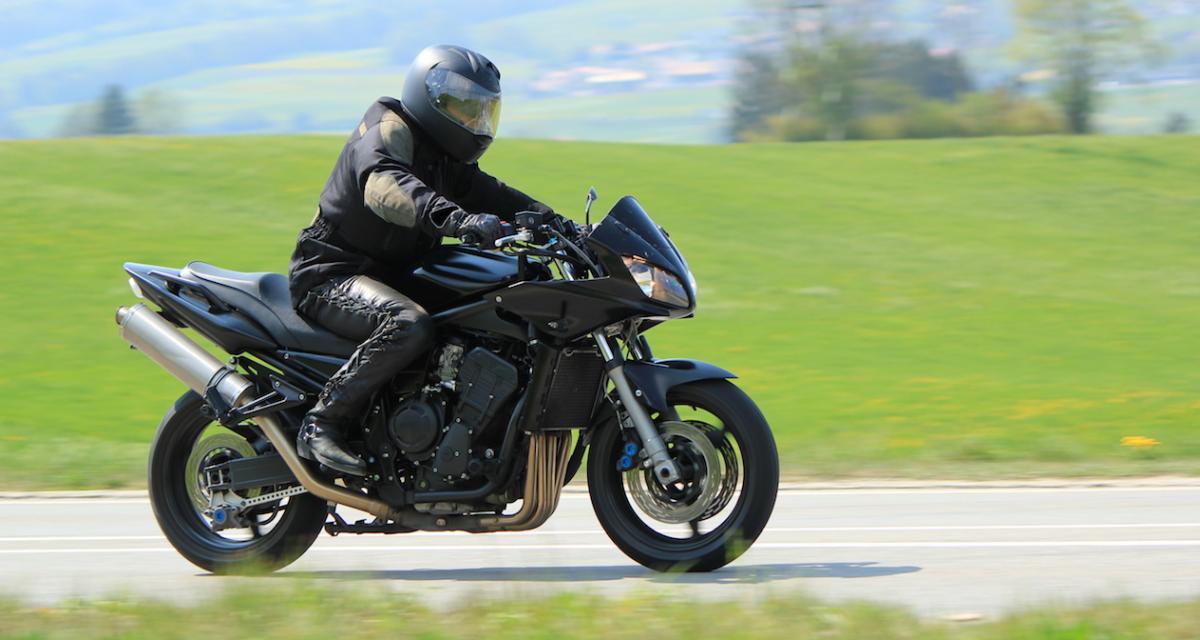 Flashé à 142 km/h au lieu de 80, un motard risque une amende de 1 500 €
