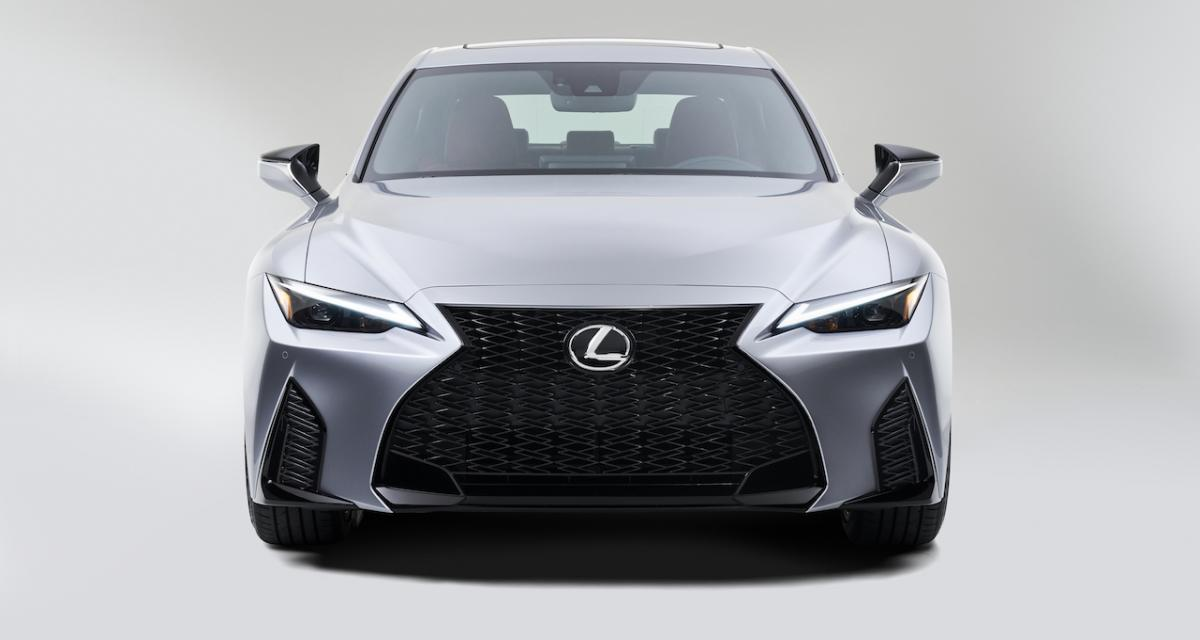 Lexus IS restylée (2021) : évolution en douceur pour la berline américano-nippone