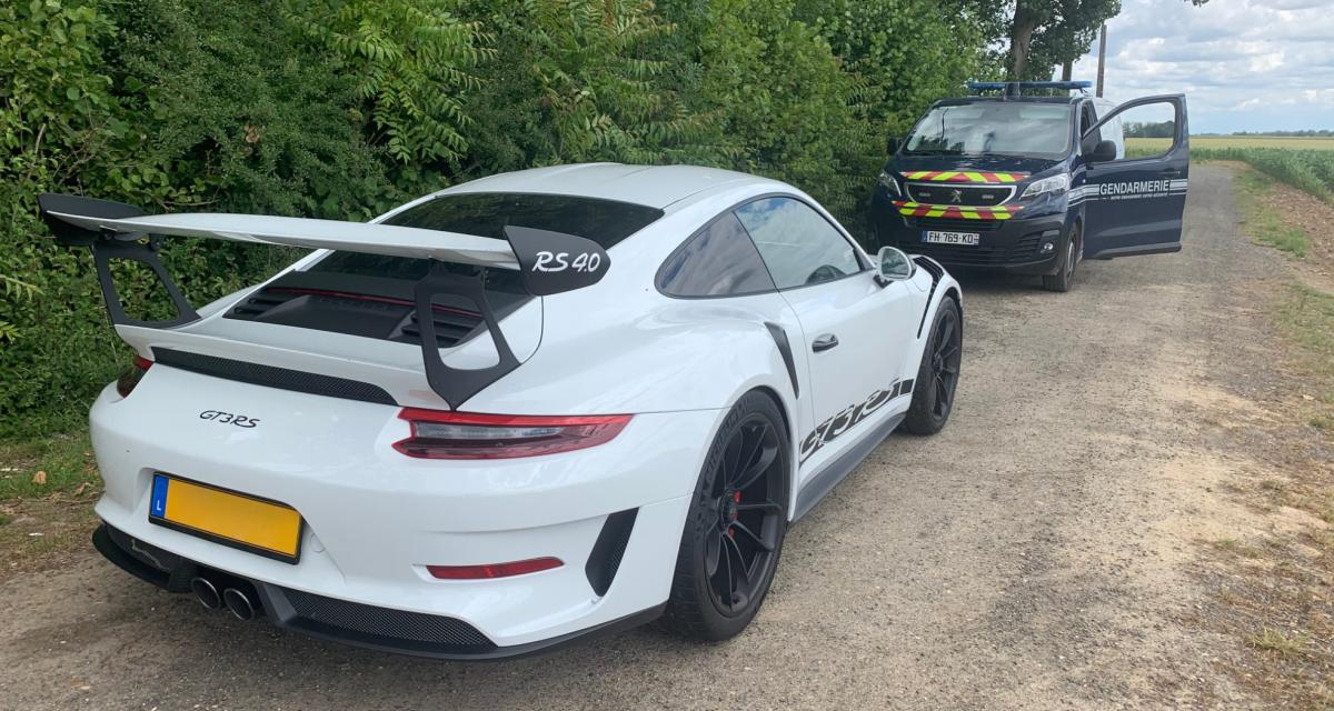 Au volant d'une Porsche 911 GT3 RS à 151 km/h sur une départementale