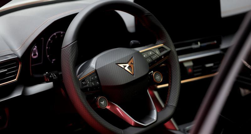 SUV sportif et motorisation hybride
