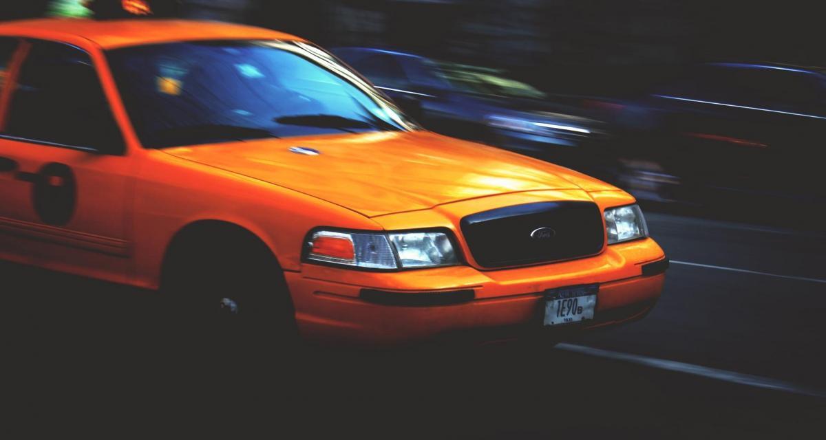 Un taxi intercepté pour excès de vitesse, les gendarmes retrouvent 8 grammes d'herbe chez lui