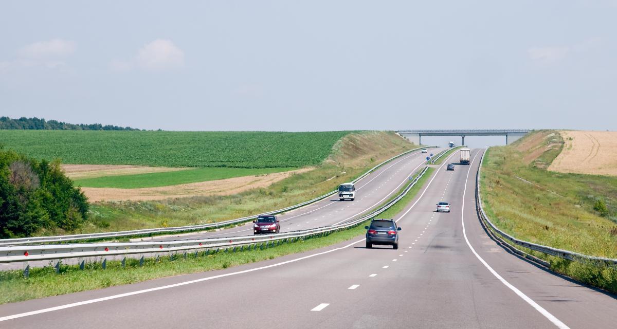 """Autoroutes à 110 km/h : """"complètement déconnectée de la réalité"""" pour 40 millions d'automobilistes"""