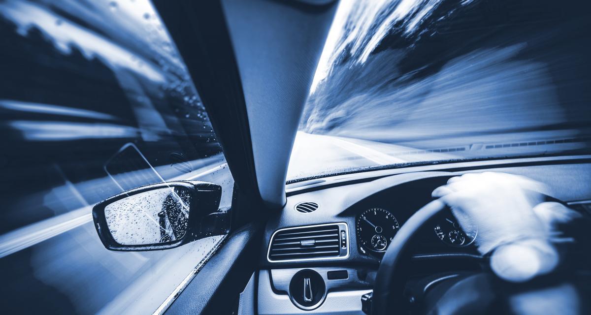 Flashé à 165 km/h en Peugeot 208 : 6 points de permis en moins