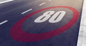 80 ou 90 km/h sur départementale ? Coyote vous aide à y voir plus clair dans ce bazar