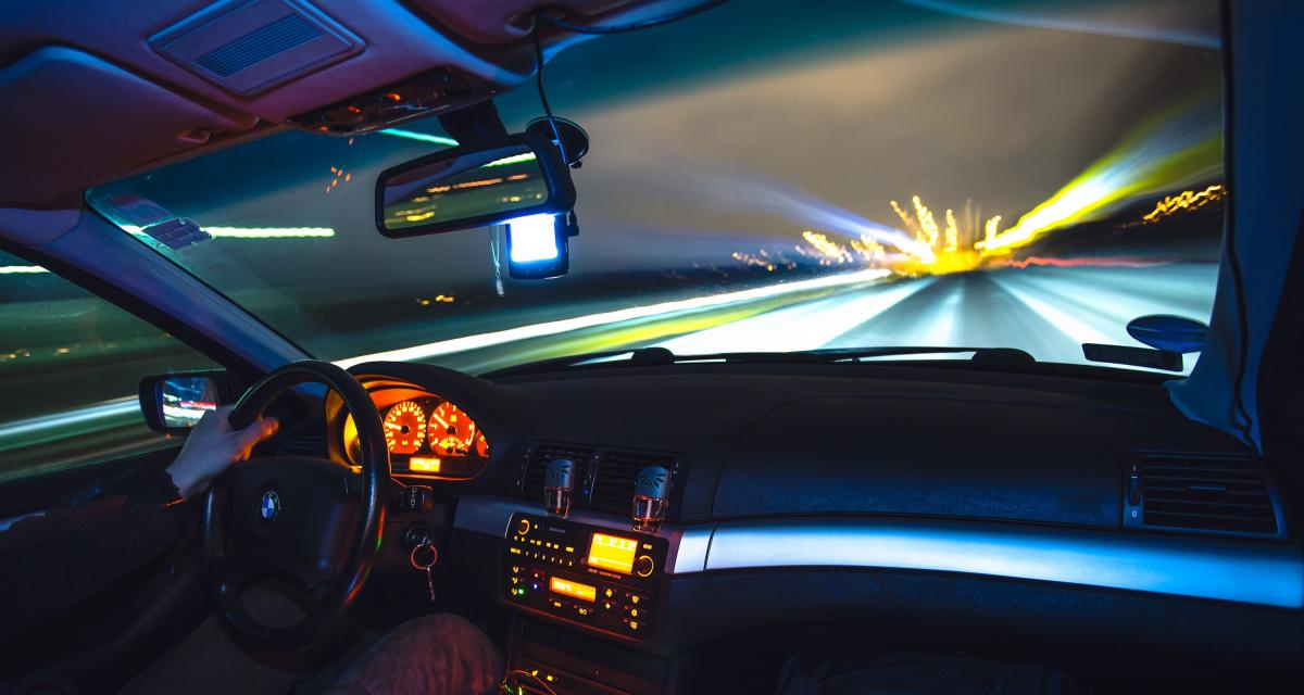 À 219 km/h sur autoroute, la gendarmerie lui décerne son carton rouge du week-end