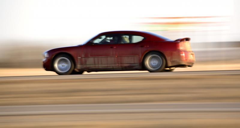 Il fait une pointe à 191 km/h et dit adieu à son permis de conduire
