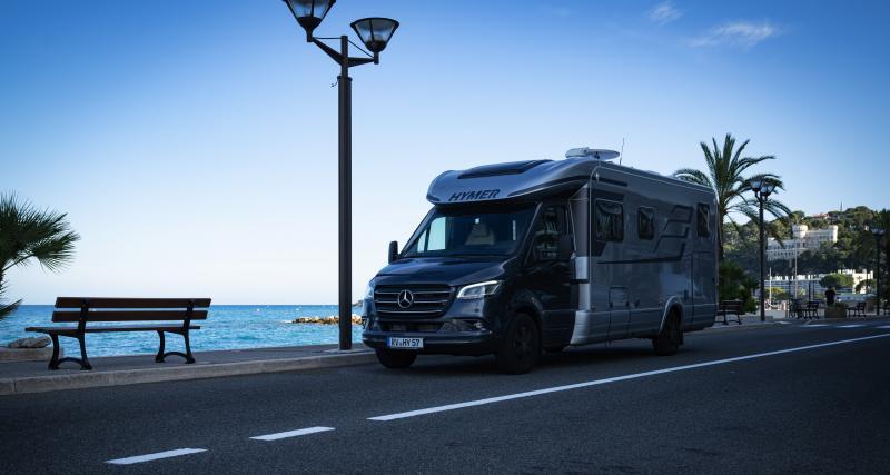 Camping-car Hymer Classe-B MasterLine B-ML T 780 : le couteau-suisse du loisir