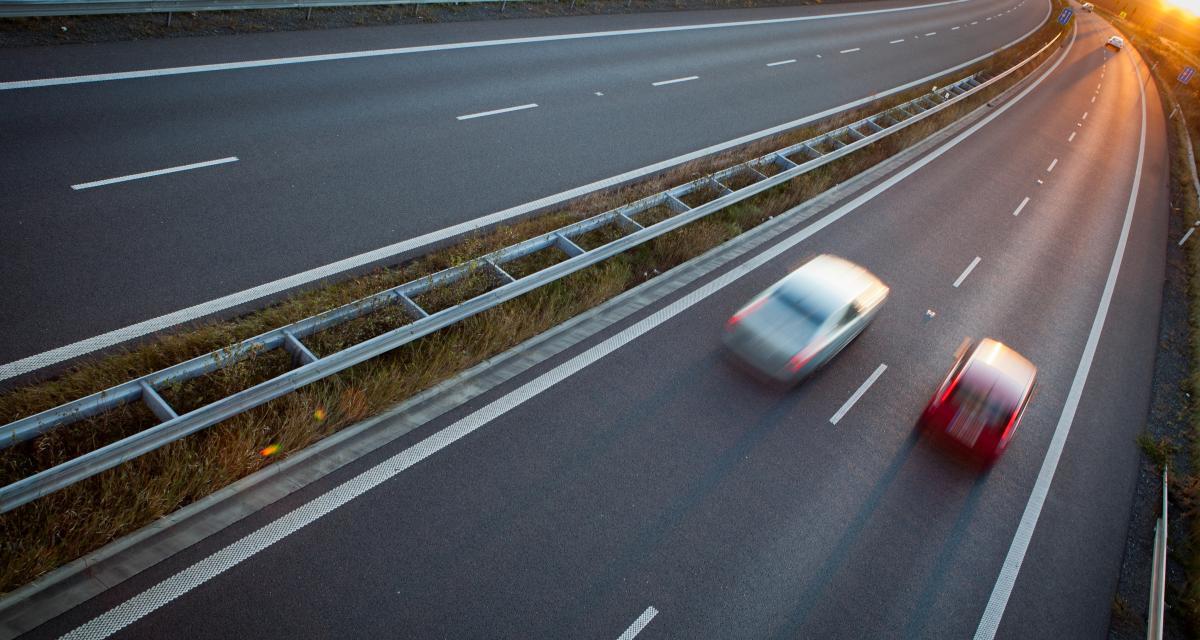 Deux conducteurs flashés à 197 et 213 km/h sur autoroute : ils terminent à pied