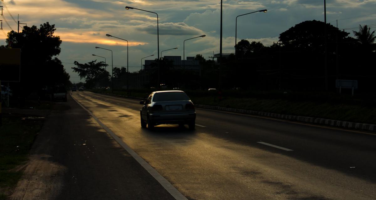À 92 ans, il roule pendant 40 km à contresens sur l'autoroute