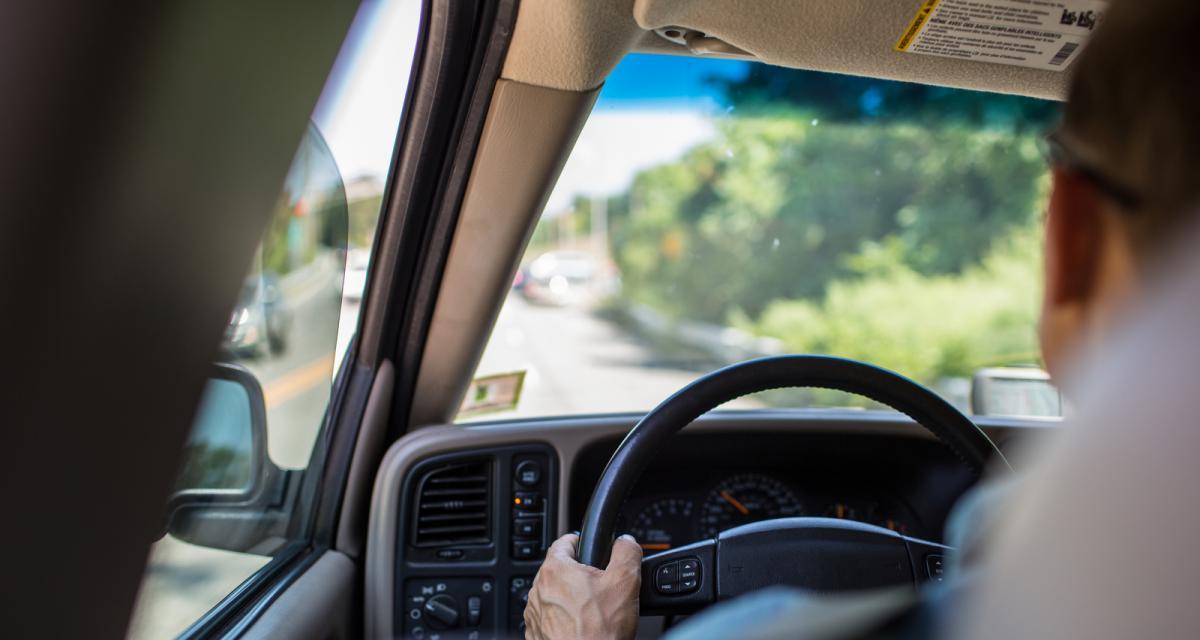 Pas de contrôle technique, permis suspendu, pneus lisses... : un automobiliste multiplie les infractions